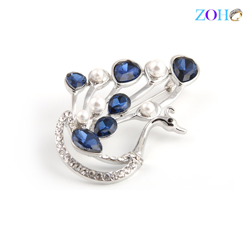 Europe and the United States bursts of foreign trade jewelry peacock brooch cat snake diamond fashion big pin