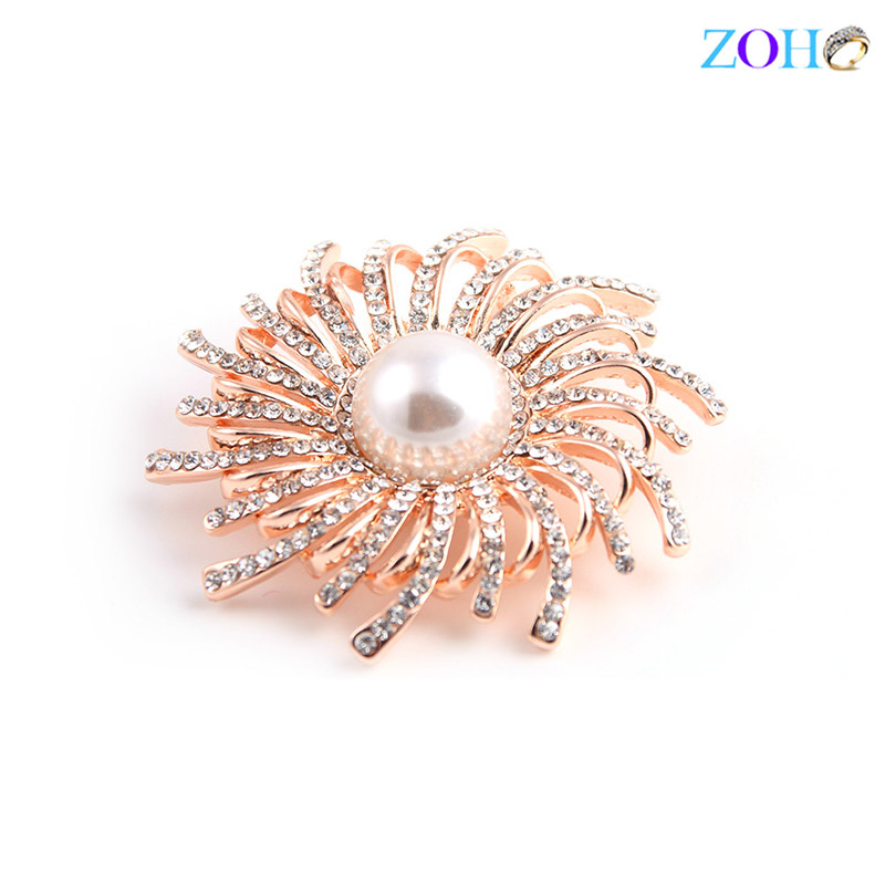 Europe and the United States bursts of foreign trade jewelry chrysanthemum brooch pearl diamonds wild clothing pin
