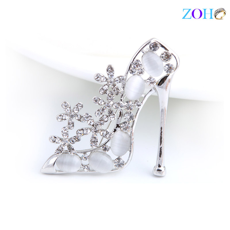 Europe and the United States bursts of foreign trade jewelry high heels brooch rhinestone wild clothing pin